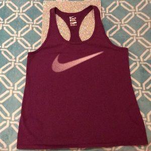 Dry Fit Women's Nike Tee